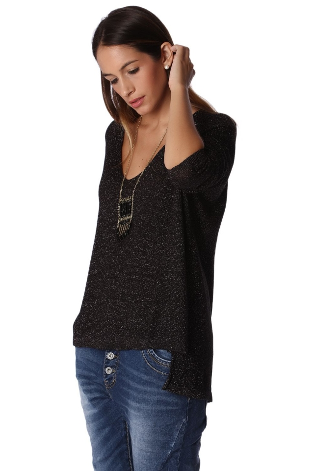 Black knit high low sweater with long sleeves in lurex