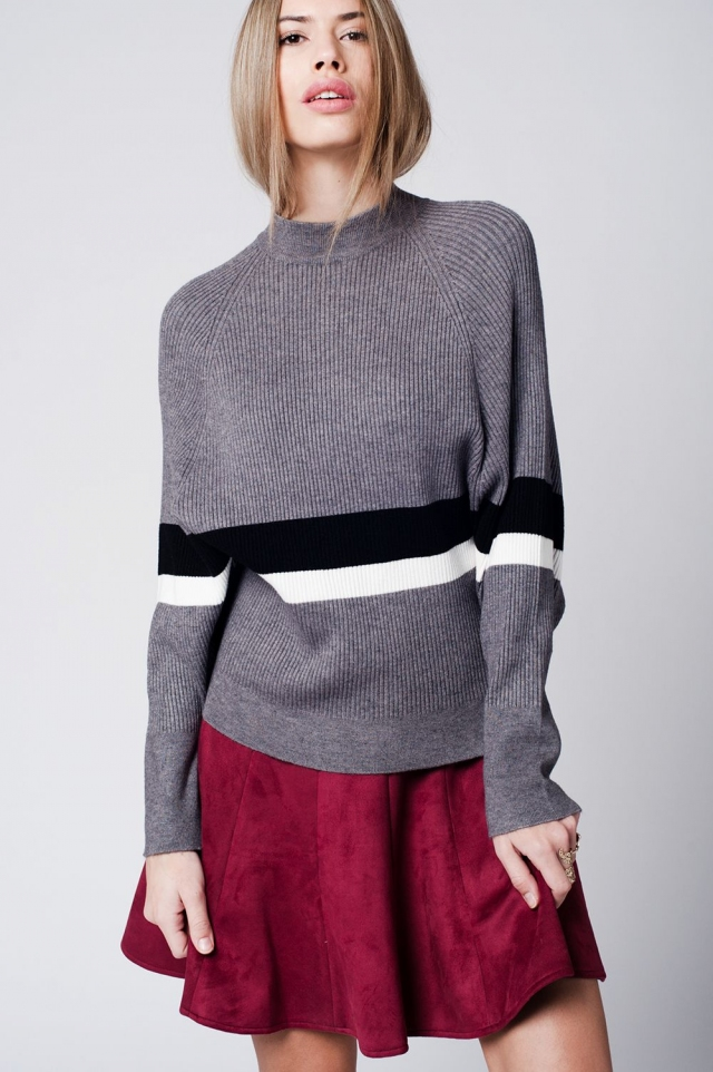 Grey knitted jumper with stripe