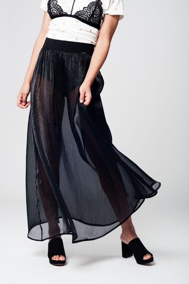 Black maxi skirt in chiffon fabric