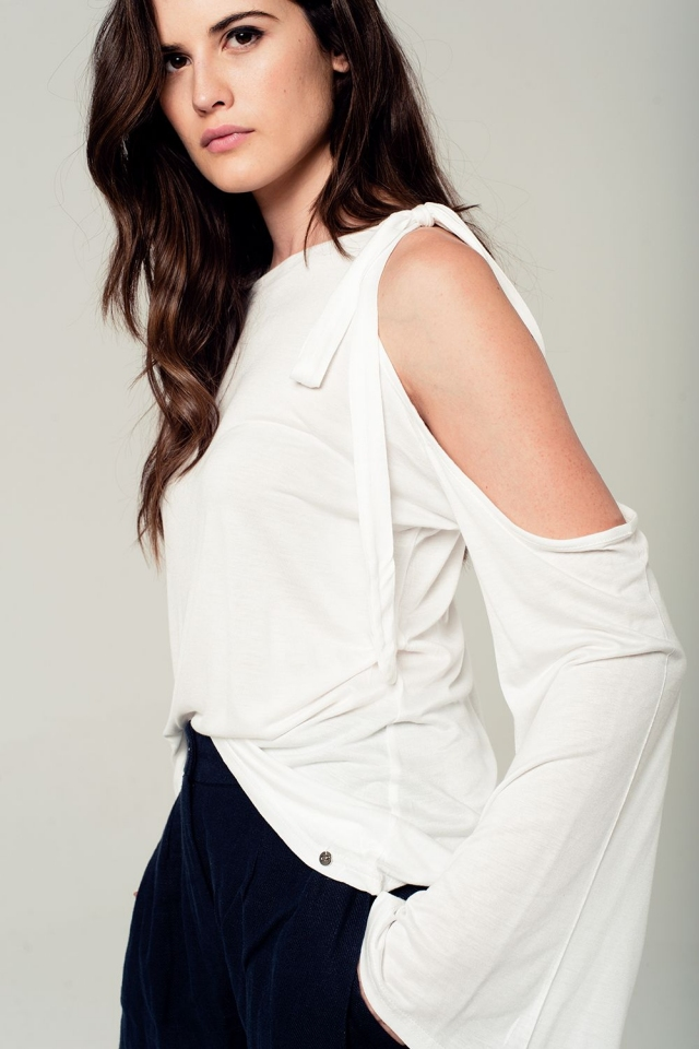 Cold shoulder top with flared sleeves in white