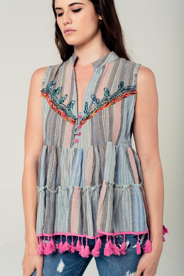 Sleeveless blouse with tassels and embroidery in grey