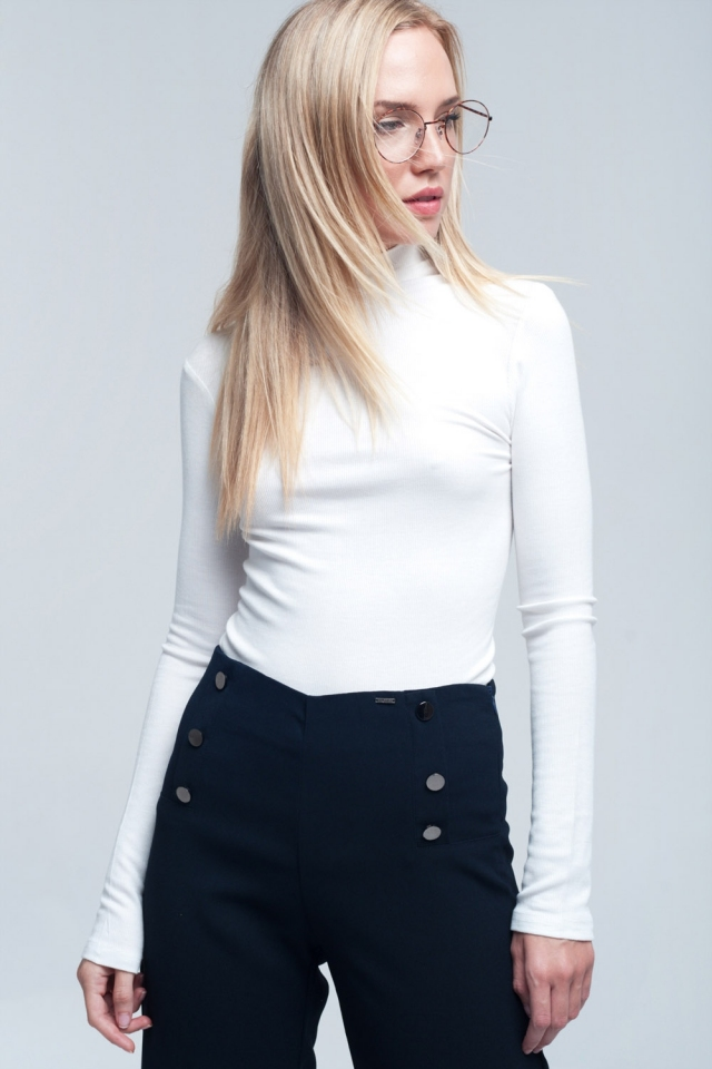 Ribbed high neck long sleeves top in white