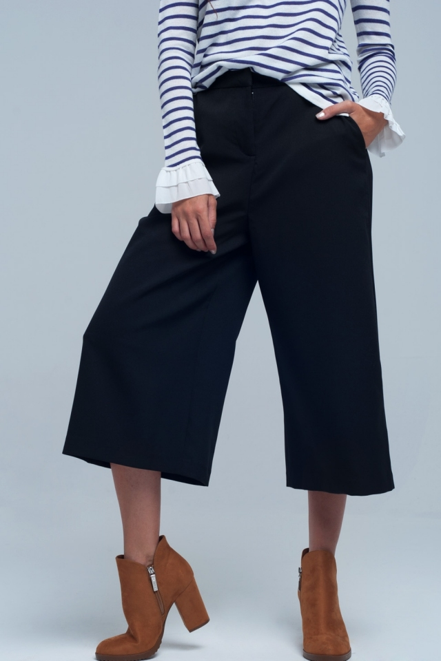 Culotte in black and front zip closure