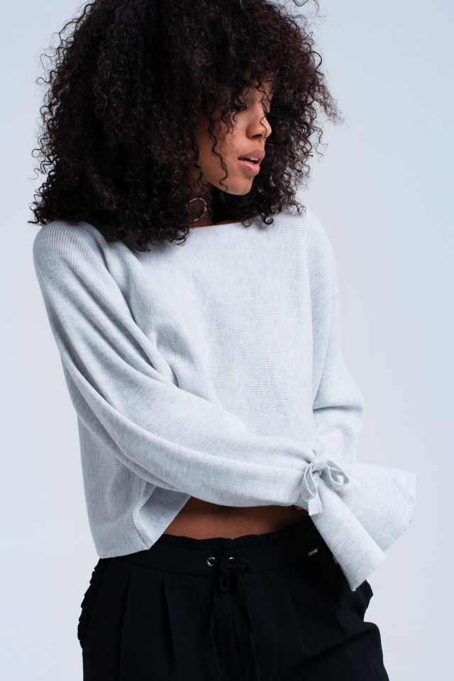 Grey crop sweater with ribbons