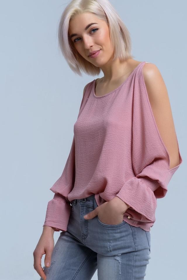 Open shoulders long sleeve pink blouse