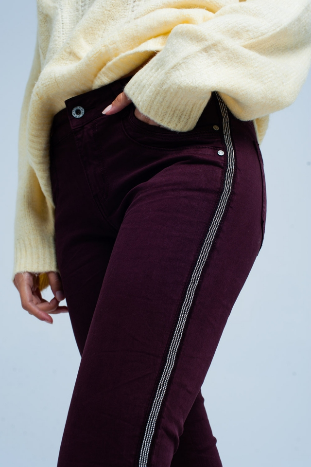 Bordeaux skinny jeans with metal side stripe