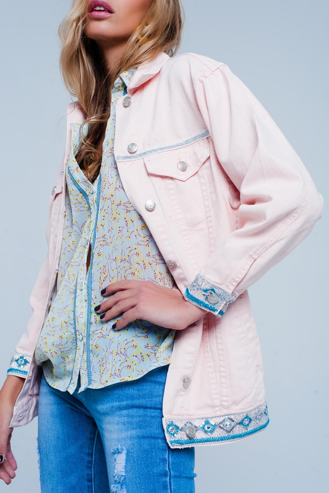 Roze Plus - Girlfriend-fit jack met geborduurd detail op de zoom