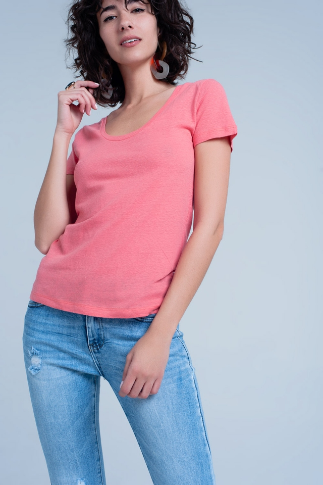 Coral t-shirt with round neck