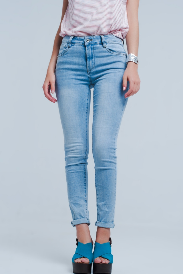 Skinny jean in light blue