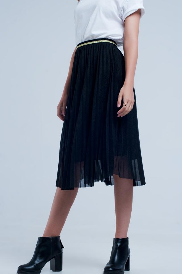 Midi pleated skirt in black