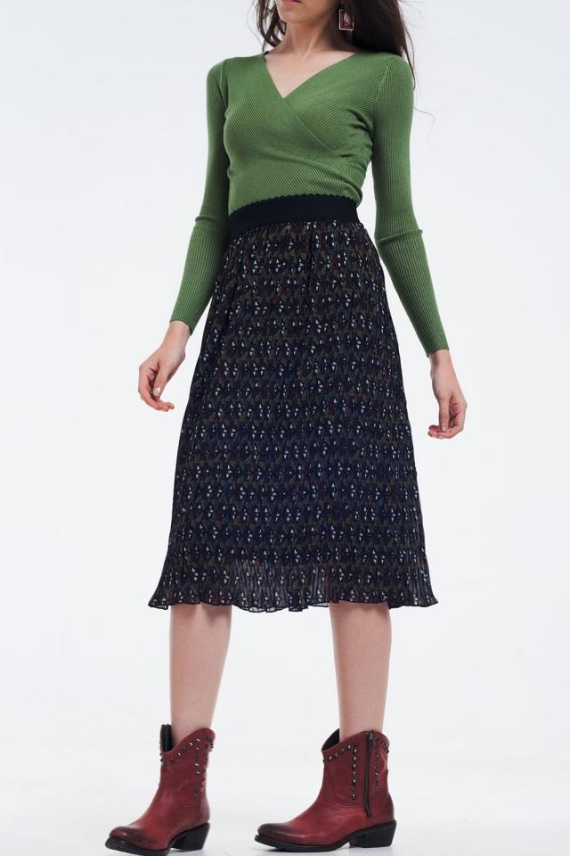 Pleated midi skirt with dark flower print