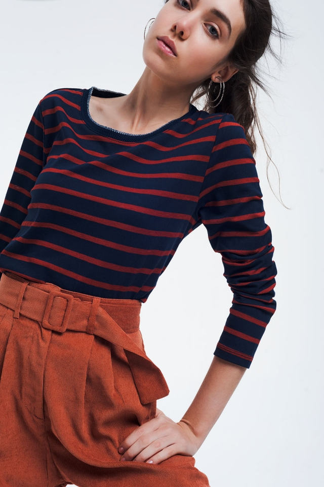 Navy basic shirt with stripes