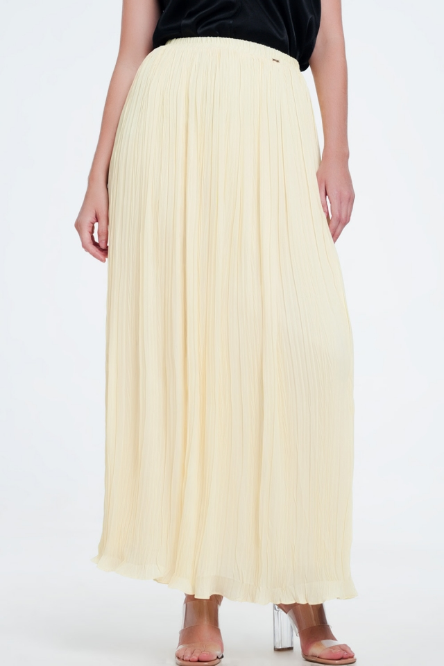pleated maxi skirt in yellow