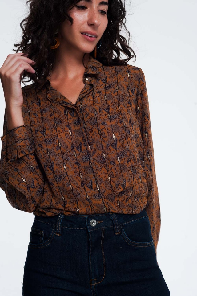 shirt with paisley jaquard in camel