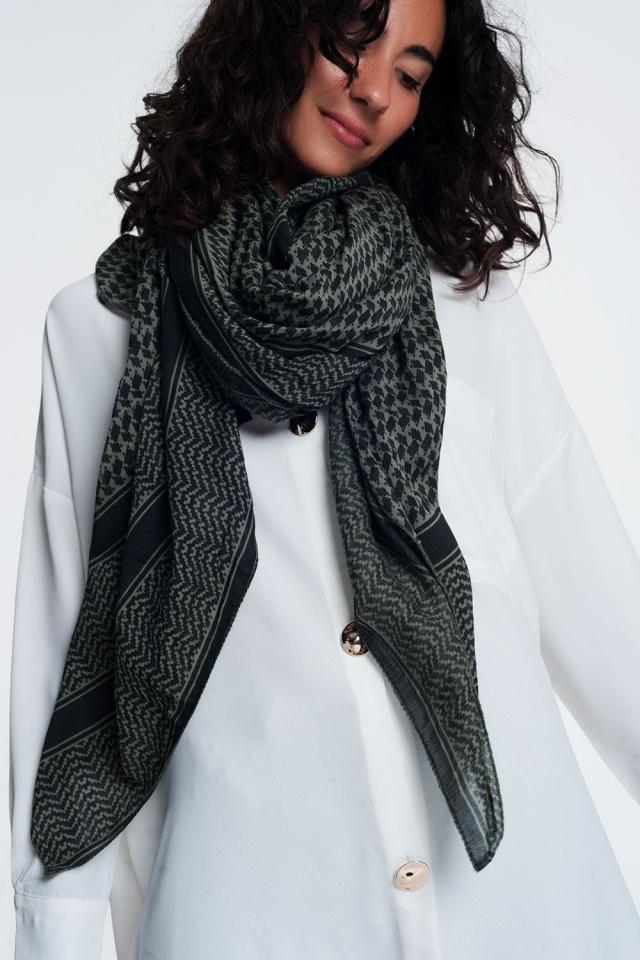 Geometric print Khaki scarf