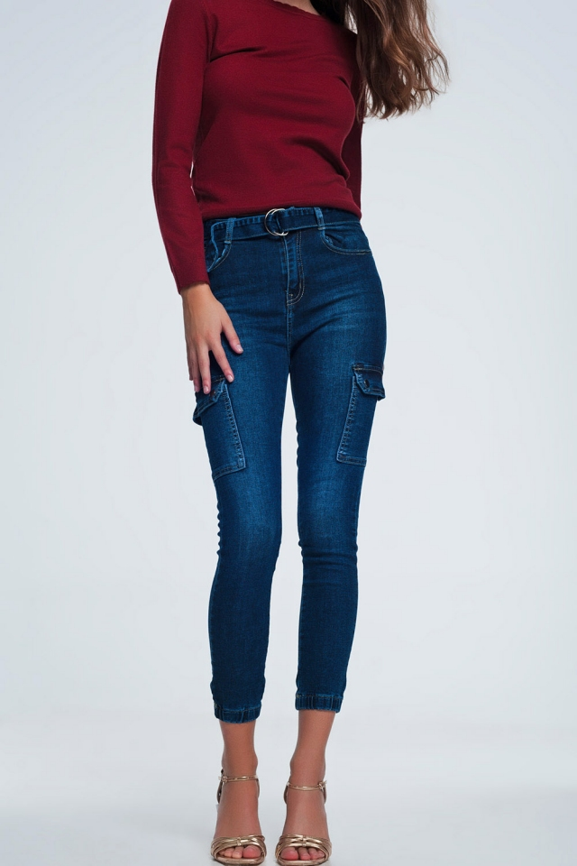 Jeans with 7 trouser pockets and belt