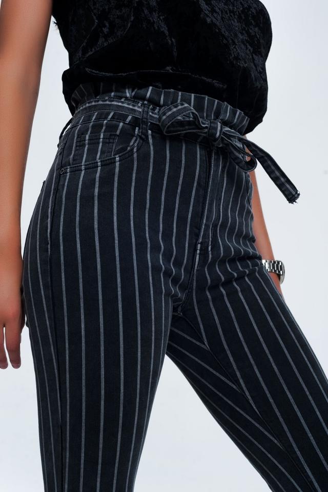 Grey skinny jeans with stripes