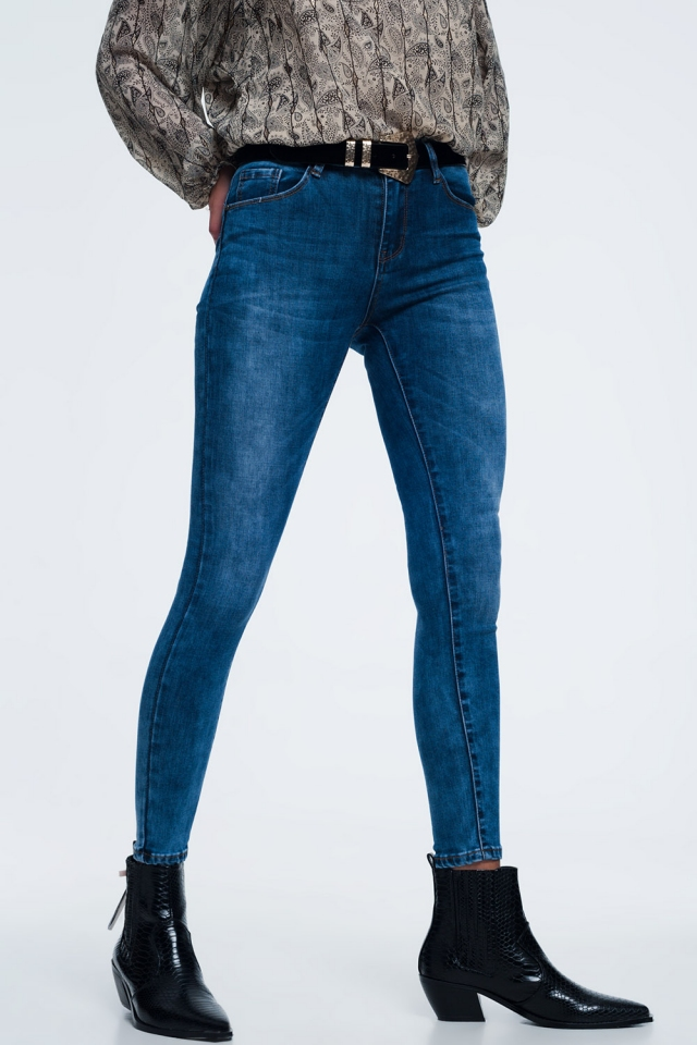 skinny jeans in mid wash