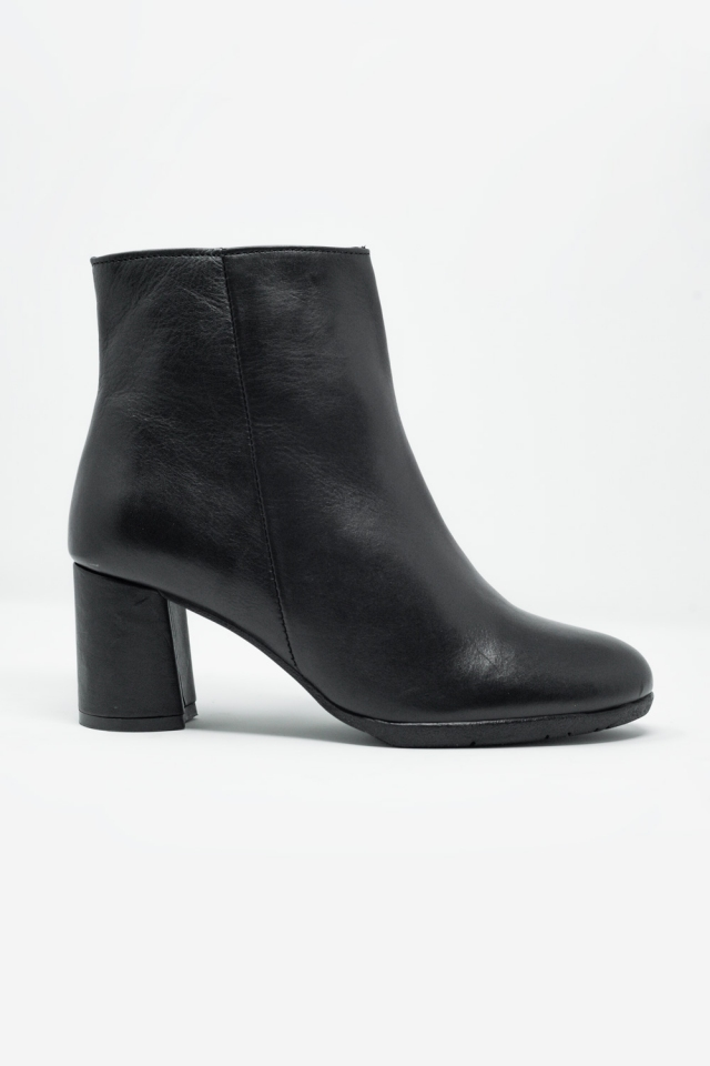 black blocked mid heeled ankle boots with round toe