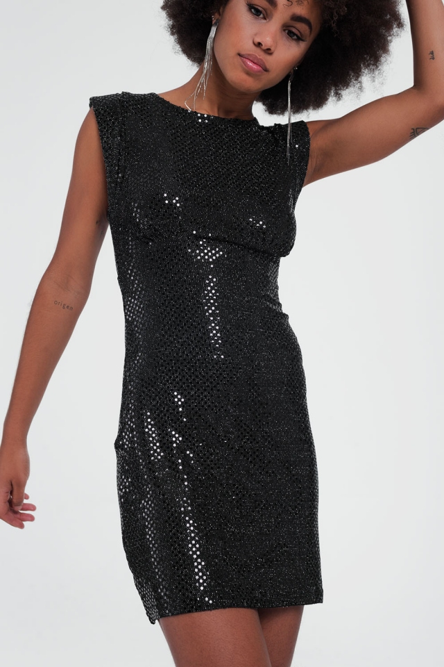 shiny black sleeveless dress