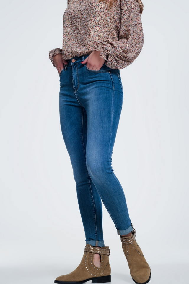 skinny jeans in light denim with light wash