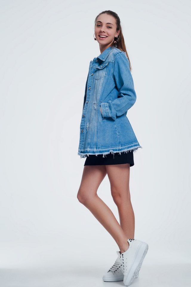 jacket in light denim buttoned down
