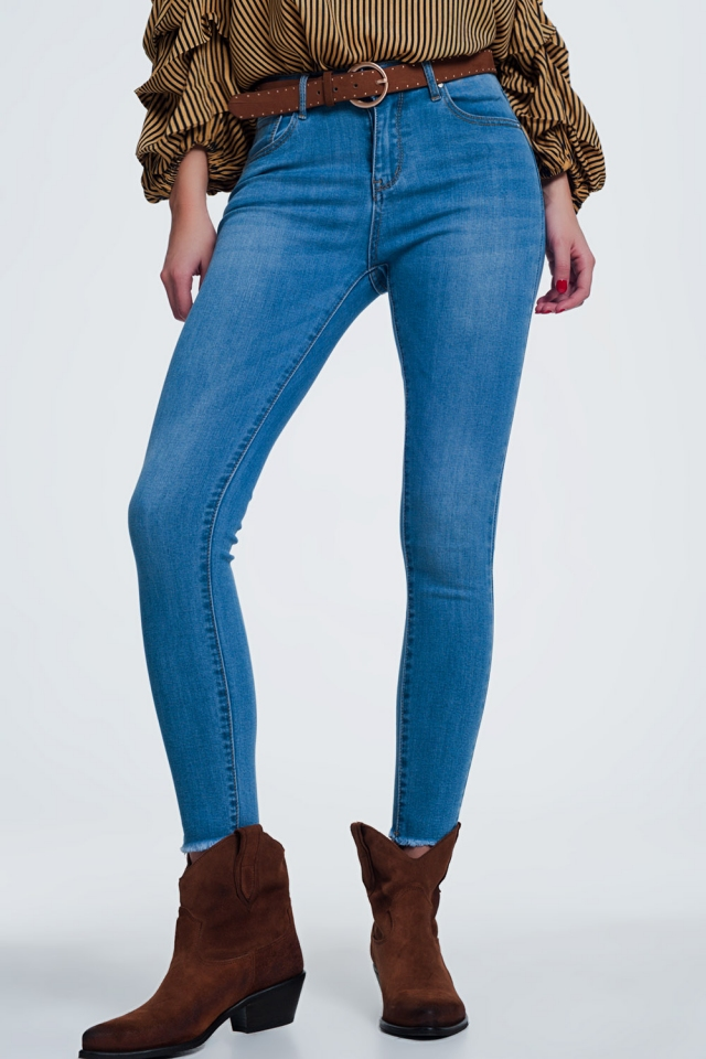 light denim skinny jeans with cut off ankle
