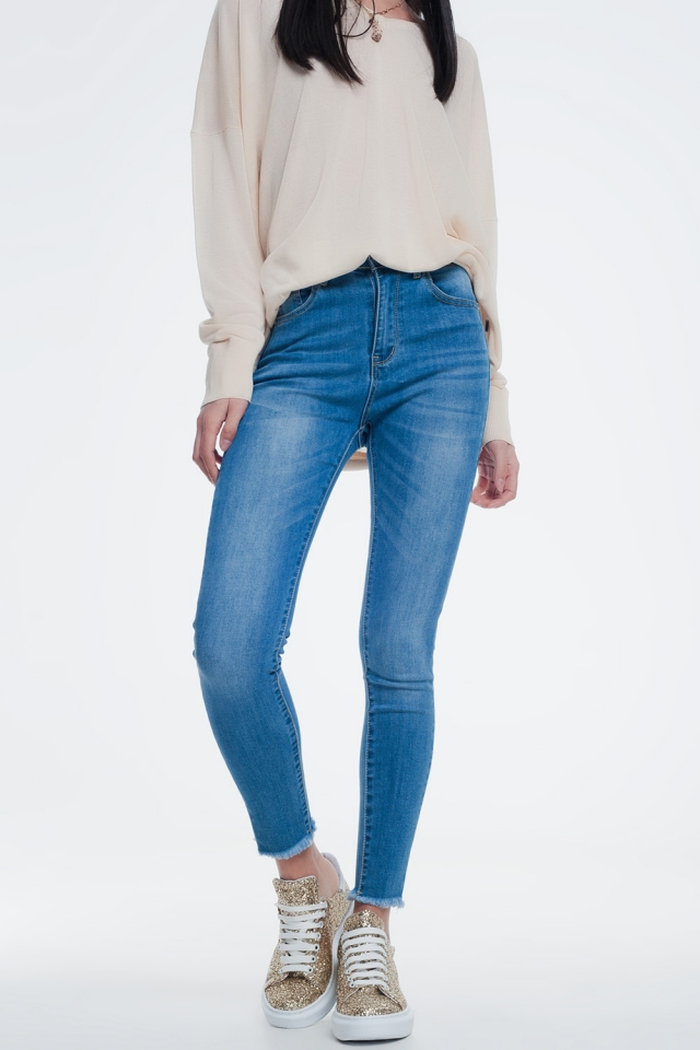 skinny jeans in light denim with ankle detail