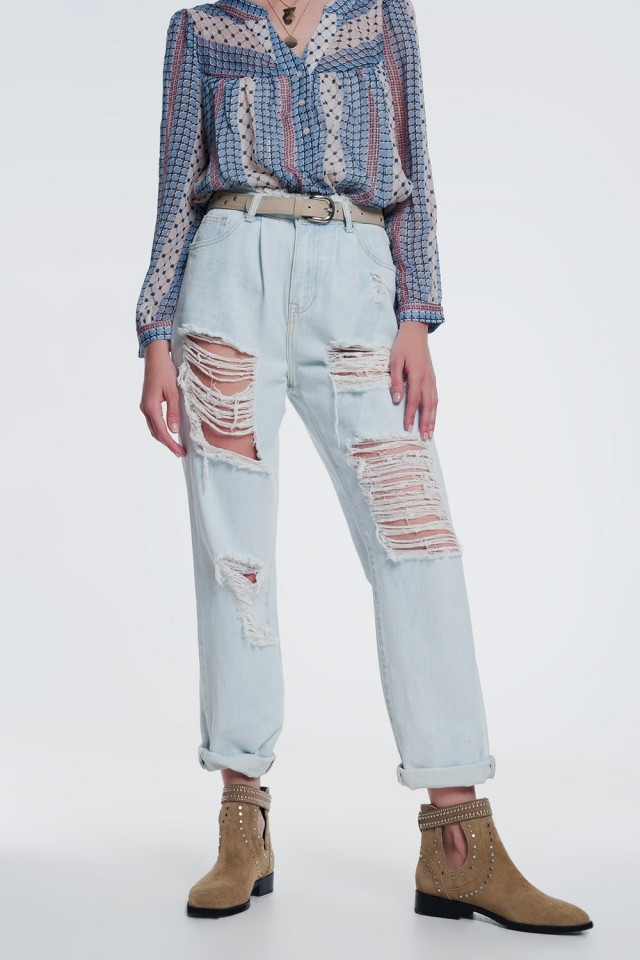 ripped boyfriend jeans in light blue