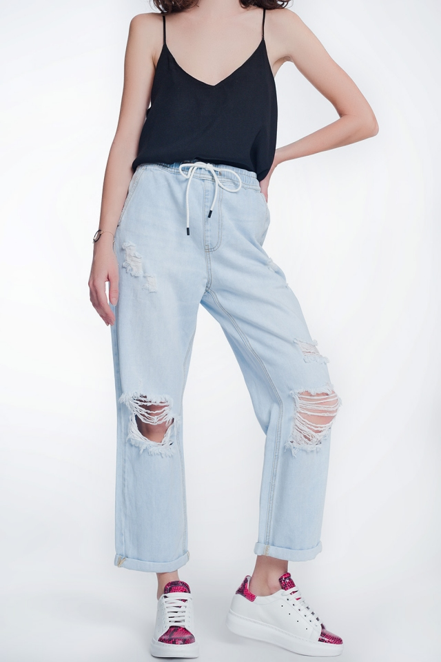 light denim boyfriend jeans