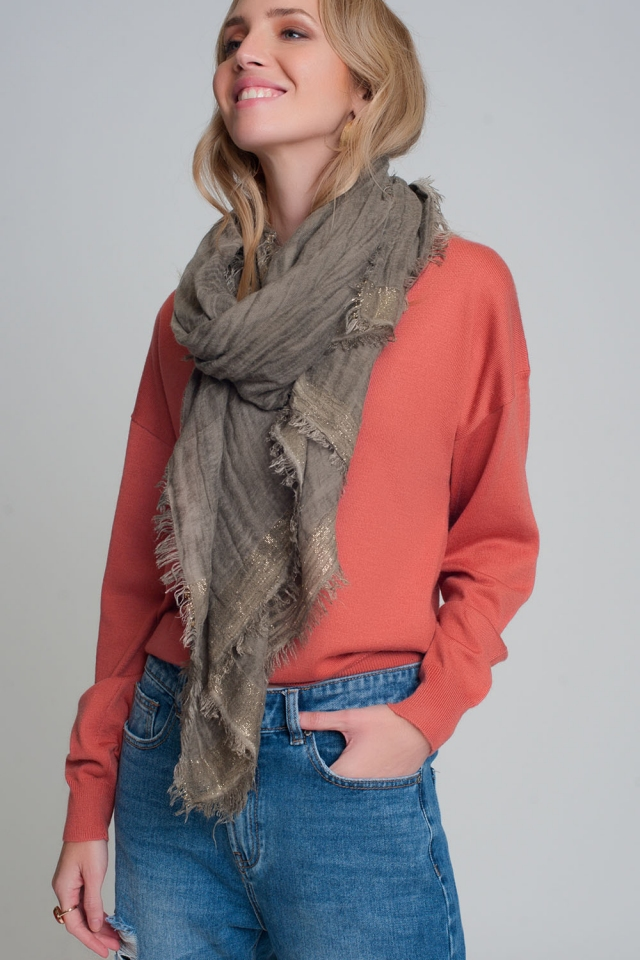 Lightweight scarf in khaki with gold stripes