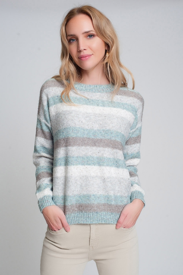 Round neck sweater in green with stripes and long sleeves