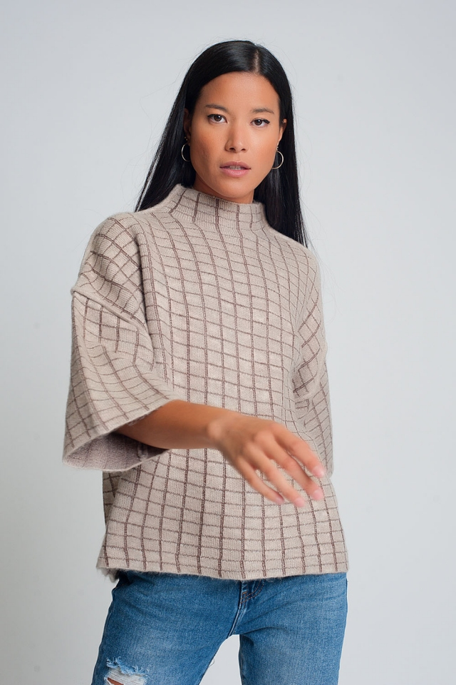 Fine knit sweater with high collar in beige check