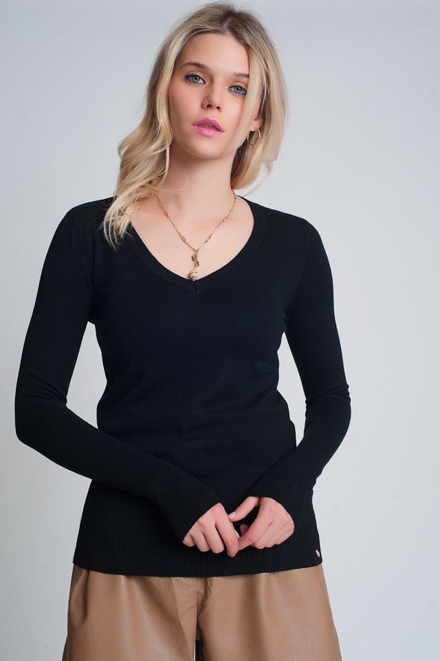 Soft basic sweater with black v-neck