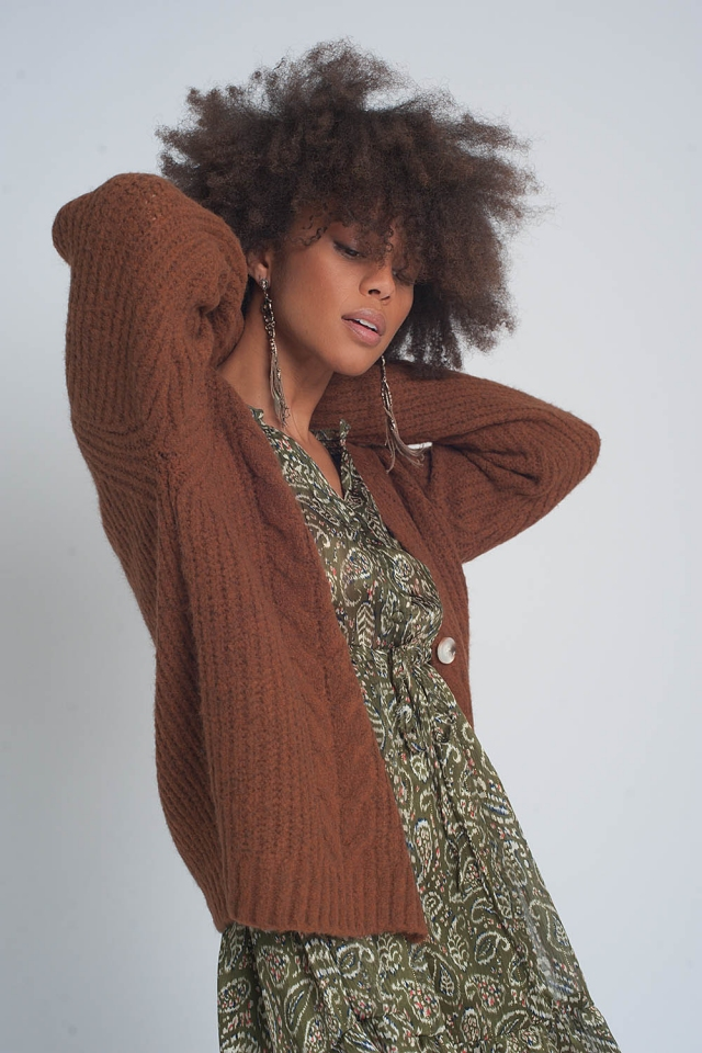 Chunky knit cardigan in brown