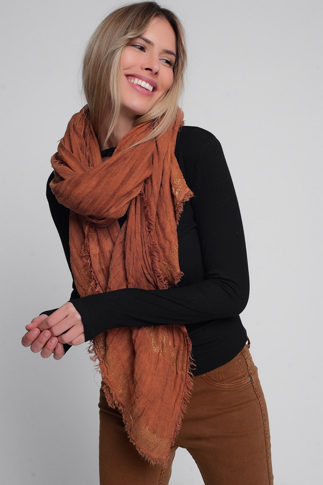 Lightweight scarf in orange with gold stripes
