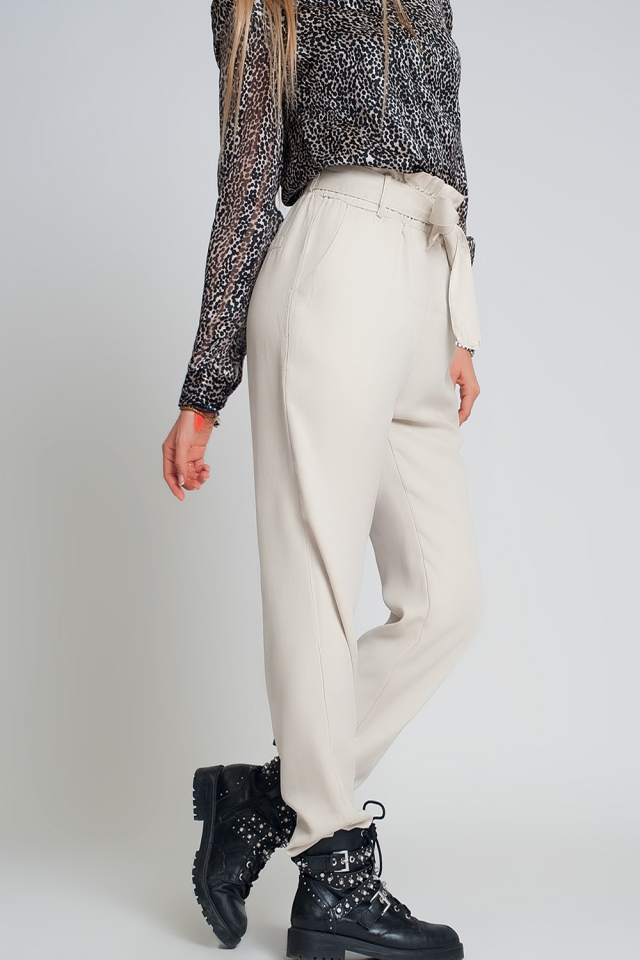 Pants with tie waist in beige