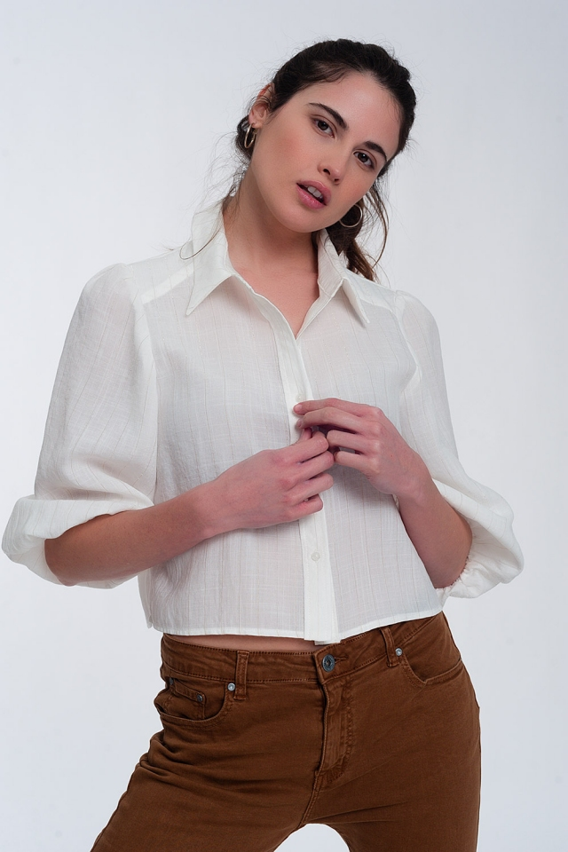 Cropped shirt with puff sleeve in cream