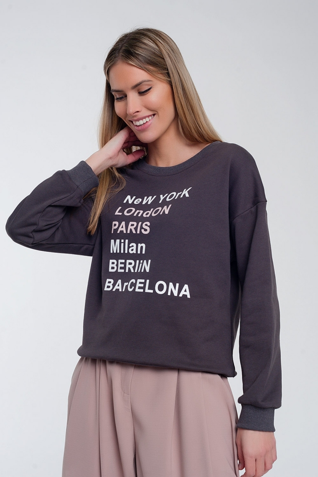Sweatshirt with text chest print