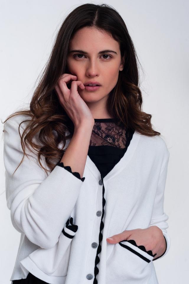 Contrast trim cardigan in white