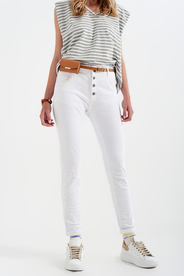 White boyfriend pants with sequin pocket detail