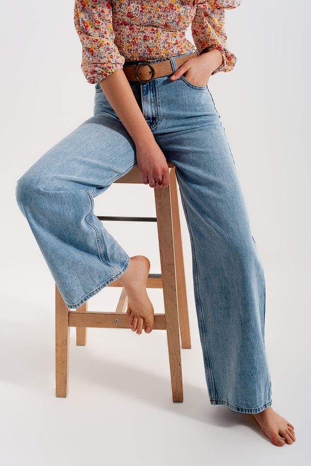Wide leg jeans with high waist in light blue