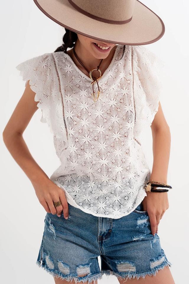 Crochet top in white