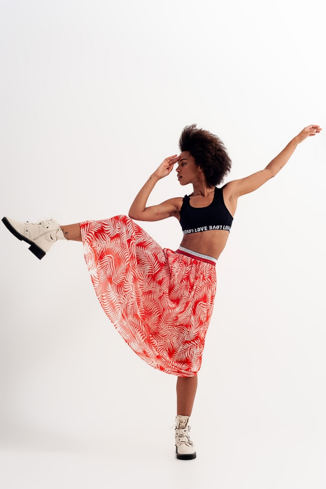 Plisse maxi skirt in red floral print