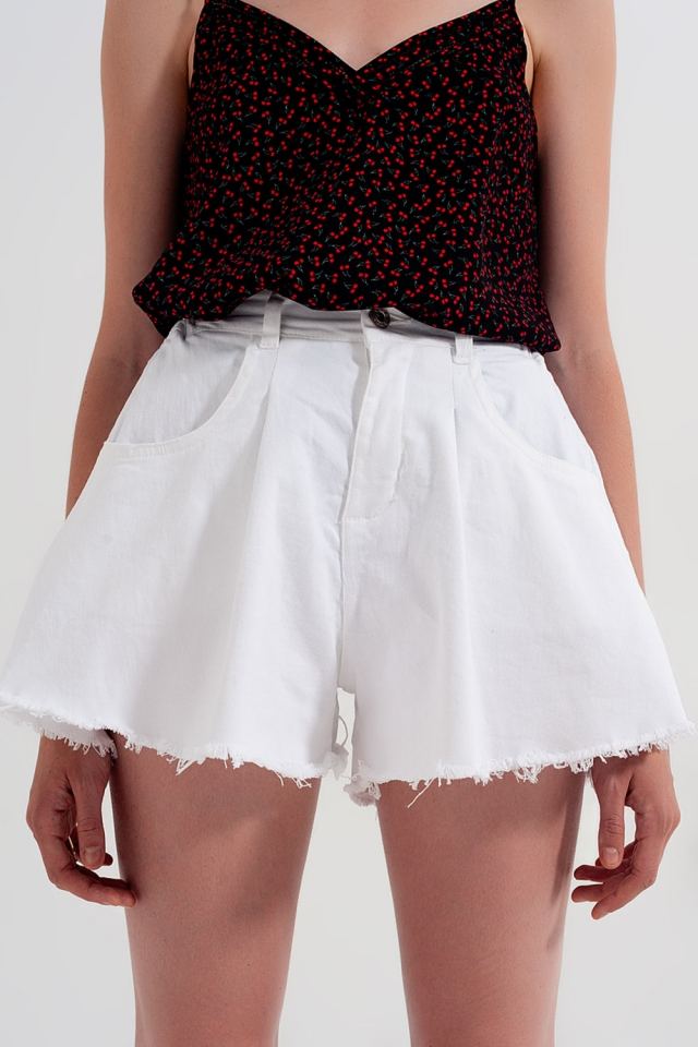 A-line ripped denim shorts in white