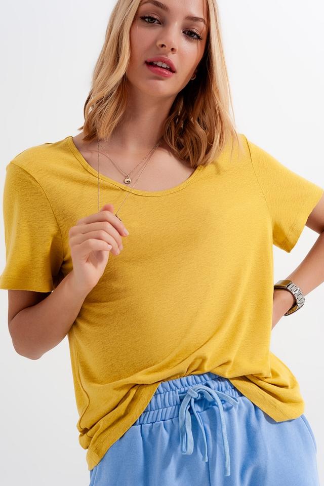 Linen mix scoop front t-shirt in Yellow