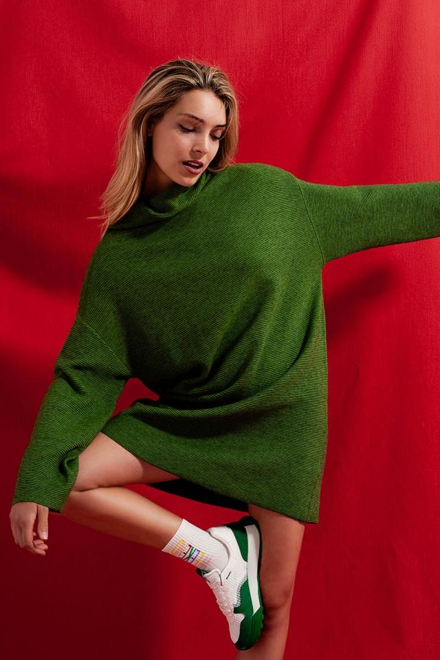 High neck mini jumper dress in green