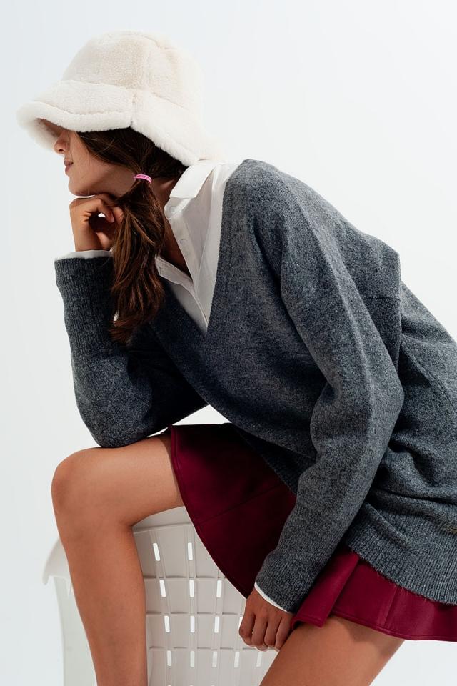 Slouchy v neck jumper in dark grey